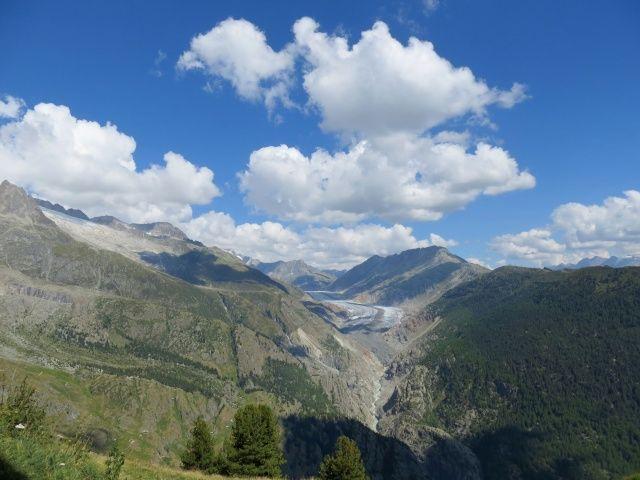 Panorama dall'Aletschbord di Belalp: la vallata generata dal ghiacciaio dell'Aletsch