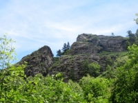 Monte Calvo, caratteristiche formazioni rocciose