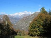 Salita all'Alpe di Mera - Panorama, sullo sfondo il Monte Rosa