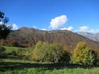 Salita all'Alpe di Mera - Panoramica sulla Cima di Ometto e sulla Sella di Ovago