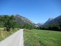 Valle della Clarée, nei dintorni di Val de Prés - Sullo sfondo l'imbocco del Colle della Scala