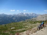 Col de Granon - In direzione della Point Cote, magnifica vista sul Massiccio degli Ecrins