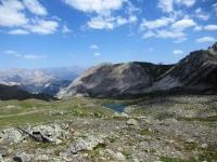 Panorama dal Col de L'Oule sulla sottostante area del Grand Lac de l'Oule