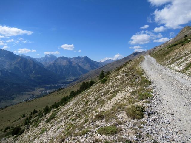 Salita al Col de Buffére - Panorama sull'alta Valle della Guisane