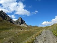 Arrivo al Col de Buffère - Sullo sfondo la Pointe de Buffère