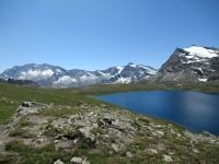 Straordinario panorama con il Lago Rosset, le Lavanne e la Grande Aiguille Rousse