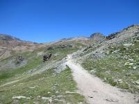 Risalendo dai Piani del Rosset verso il vallone del Leynir