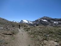Percorrendo il trail in direzione  del vallone del Leynir