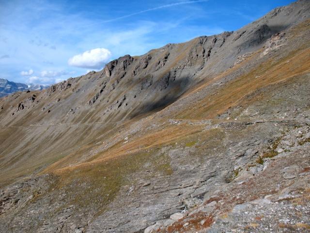 Vista sulla vallone percorso in single-track per l\'ascesa finale al Colle di Sollieres