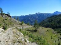 Il tratto difficoltoso della militare di Val Morino che da Grange Quagliet sale al Piano dei Morti