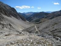 Il sentiero poco ciclabile che scende nel vallone di Rio Secco