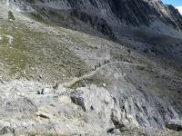 Discesa su sentiero nel vallone di Rio Secco