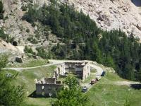 Forte Pramand nelle vicinanze dell'uscita della Galleria del Monte Seguret (anche nota come galleria dei Saraceni)