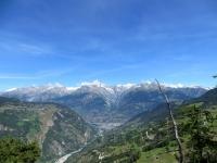 Salita a Riedji, ampio panorama sulla Vispertal e sull'arco alpino, dal Balmhorn (3.698) (sx) all'Aletschhorn (4.193) (dx)