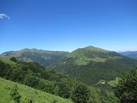 Panorama dal rif. Prabello - Monte Generoso (sx) e Pizzo della Croce (dx)