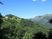 Rifugio Prabello (sx) e Monte Generoso (dx)