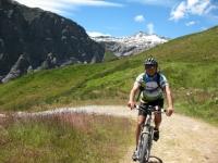 Risalita al Col Chavanne - sullo sfondo la Pointe Lechaud