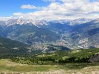 Panorama sull'Alta Val di Susa e conca di Bardonecchia dalla sommità del Genevris
