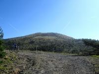 L'ottima forestale che da Pratorondanino sale alle Capanne di Marcarolo - Ampi Panorami sui rilievi del Parco
