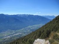 Fondovalle dalla croce  in ferro dell'Alpe Poverzone