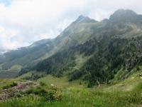 Panorama dall'Alpe Tsomioy sul sentiero nr. 19 percorso in seguito per il ritorno