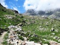 Il sentiero che scende dal bivacco Tzan
