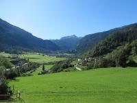 Bei panorami sulla vallata (Andeer e Clugin) salendo a Magun