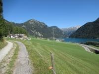 Lungo la Via Spluga tra Sufers e Splügen - Lago di Sufers