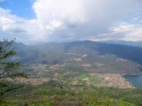 Sulla vetta del Monte Orsa, panorama su Porto Ceresio