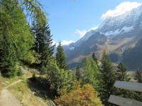 Il sentiero che dalla Fafleralp conduce allo Schwarzsee