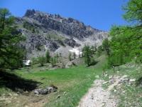 Il sentiero che porta verso il lago Deserts