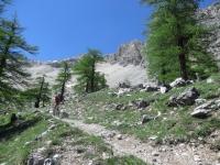 Il sentiero che porta verso il lago Deserts - tratto di discesa