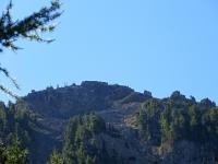 Il Fort de L'Infernet visto dalla strada proveniente da Monginevero