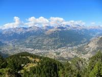 Panoramica su Briançon lungo il sentiero che collega i baraccamenti de La Seyte con il bivio per l'infernet