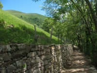 In direzione di Erbonne, sentiero