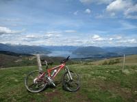 Panorama sul Lago Maggiore dalla sommità del Monte del Falò