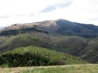 Panorama sul Monte Mottarone dalla sommità del Monte del Falò