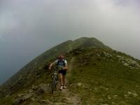 Tra l'Anticima ed il Monte Gazzirola