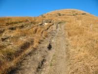 Discesa della vetta del Monte Lema