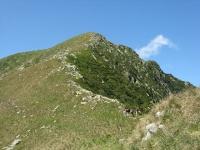 La sommità del Monte Zeda ed il sentiero escursionistico da percorrere per giungervi