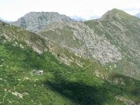 Panorama dallo Zeda - Particolare sul Bivacco Fornà ed il Monte La Piota