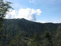 La vetta del Monte Zeda visto dalla forestale che scende a Passo Piazza