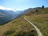 Inizio del sentiero che dal Gibidumpass si inoltra nella Nanztal