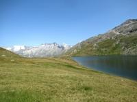 Triebtenseewli - sullo sfondo i ghiacciai del Gärstenhörner, del Tieralplistock e del Diechterhoren