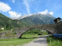 Aquila - antico ponte Romano in prossimità del torrente Brenno