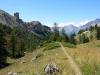 Il sentiero che scende in direzione della grange Guiaud