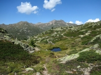 Panoramaweg  - Il tratto poco ciclabile che costeggia gli innumerevoli laghetti alpini che precedono la discesa al Passo del Sempione