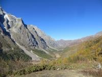 Ottimo Panorama sulla Val Ferret - in fondo si trova il Rifugio Elena