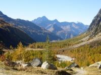 Panorama sulla Val Ferret risalendo al Rifugio Elena
