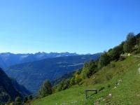 Panorama da Anzano - sullo sfondo i rilievi della media Val Leventina